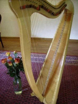 Harpentons vente de harpe pilgrim cordes m tal - Housse de harpe celtique ...